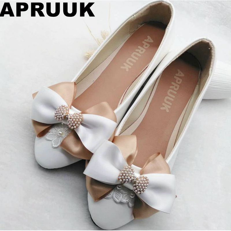 2018 spring autumn new flats women shoes bow butterfly plus size round toe sweet casual flats white princess party shoes free new 2017 spring summer women shoes pointed toe high quality brand fashion womens flats ladies plus size 41 sweet flock t179