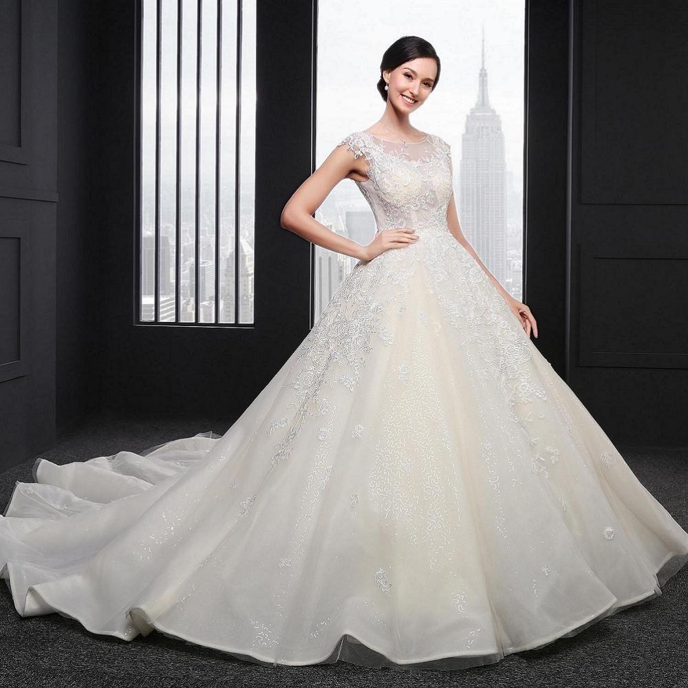 Gorgeous Lace Appliques A Line Wedding Dress Romantic