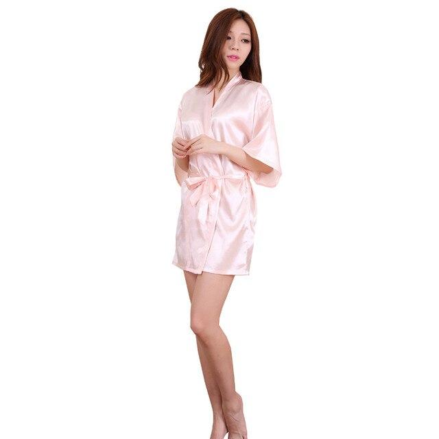 d2c19d8b2 Satén de seda mujeres Short Night Robe sólido del Kimono del traje de baño  de moda traje de baño atractivo de novia de dama de honor del traje S ...