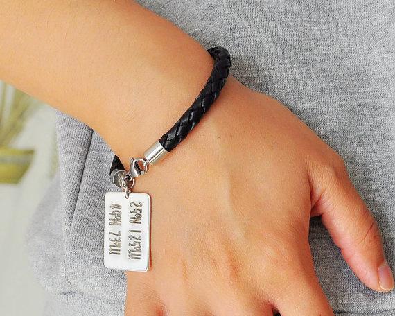 db21497c9858 Tienda Online Moda personalizada coordinar pulsera de cuero grabado Latitud  Longitud Etiqueta de plata encanto personalizado pareja joyería