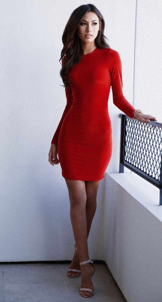 Rode lange strakke jurk