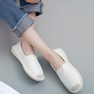Image 3 - 2018 Summer Linen Flat Shoes Women Lightweight Breathable Fisherman Shoes Ladies Soft Casual Leisure Shoes Slip On Lazy Loafers