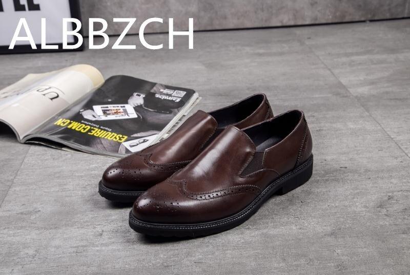 Kleid Weichen Slip Leder Echtes Geschnitzte Bequemen Freizeit Trend Mens Arbeit Mode Brogue Männer Auf Black Täglichen brown Schuhe w7ISCS