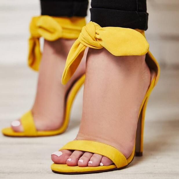 все цены на Yellow Ankle Strap Open Toe Women Sandals Butterfly-Knot Lace Up Cover Heel High Heel Wedding Shoes Sweet Rome Sandales Femmes