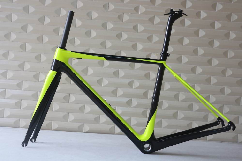 OEM New superlight carbon t1000 road bike frame carbon road bike and complete carbon road bike callander high quality complete bike full carbon road bike complete t700 carbon frame 48mm carbon wheels handlebar seatpost