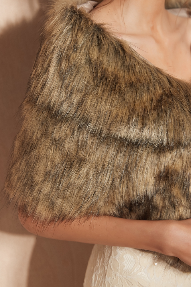 Купить с кэшбэком Evening Wrap Faux Fur Stole Wedding Capes Winter Warm Fur Shawl 2019 High Quality Camel Color Free Size Walk Beside You Bolero