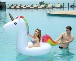 120*90 см гигантские надувные единорог воды игрушки 2018 Newst бассейна для взрослых детей летние каникулы пляж вечерние реквизит игрушка