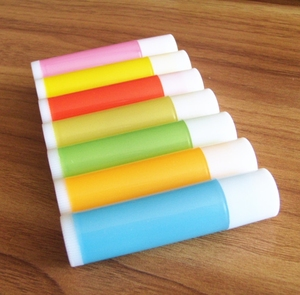Image 3 - O Envio gratuito de 100 pçs/lote 5g Vazio Doce Cor Tubos LIP BALM Recipiente do Batom Garrafa Para DIY Lábio de Plástico de Embalagens de Cosméticos