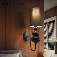 Европейский современный минималистский LED охранников творческий домашнего интерьера исследование спальня прикроватный светильник Настен