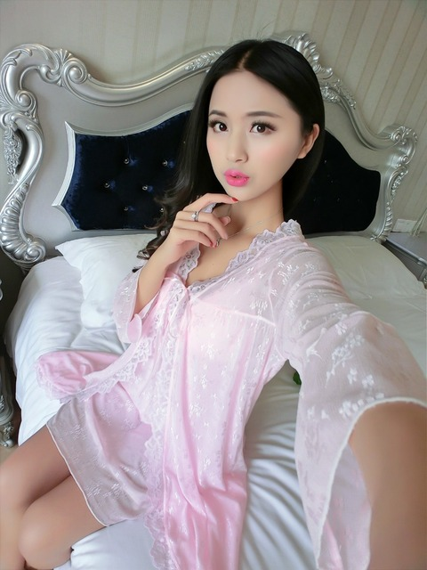 Women's Nightwear Robe Set Free Shipping 20169 Summer Style Thin V-neck Nightgdress + Bathrobe Two Pieces Sleepwear Temptation