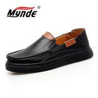 Mynde 2018 Новая удобная повседневная обувь Мужские Лоферы качество Обувь из спилка Для мужчин Туфли без каблуков Лидер продаж Мокасины