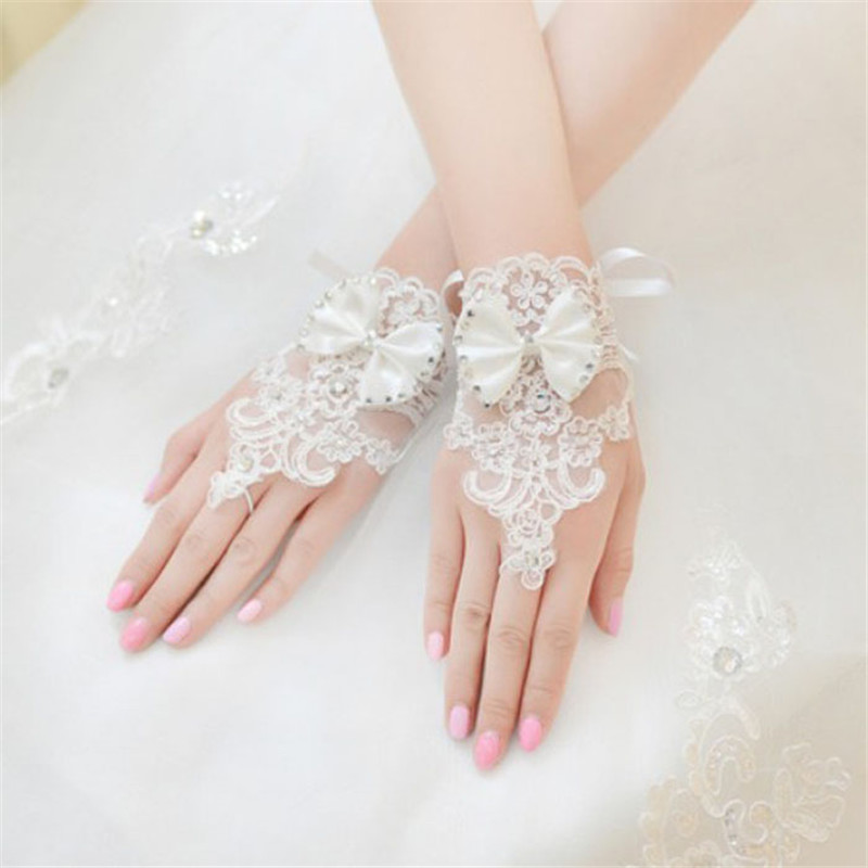 Sale !! RED WHITE Rhinestone Lace Brides Floral Bowknot Fingerless Short Gloves Leak Finger guantes mujerdrop shopping