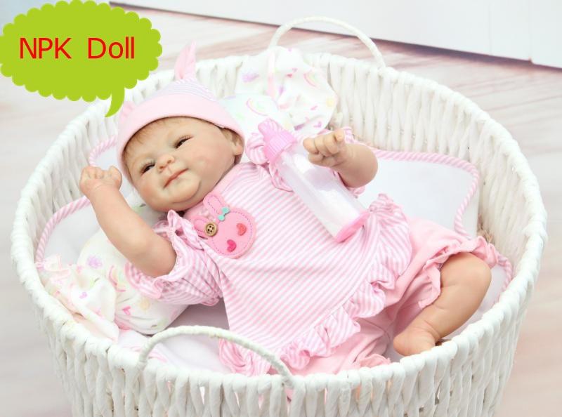 42 cm NPK Bebe Reborn Bonecas Vivas Silicone Sorrindo Baby Doll em Algodão Macio Roupas Lindas Crianças Boneca Brinquedos Presentes Para meninas
