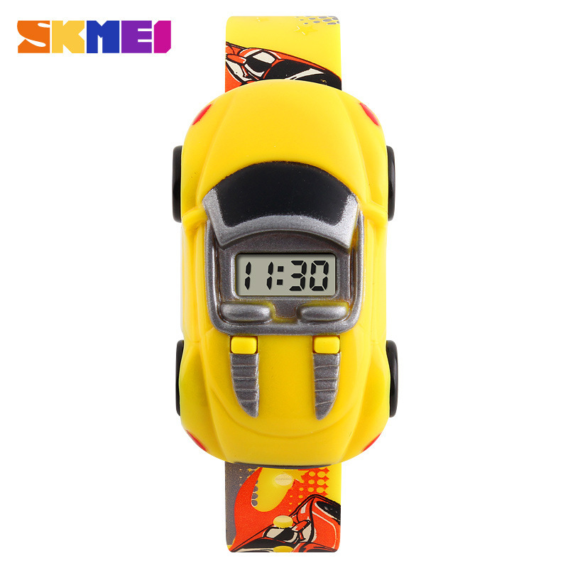 2018 Favourite Child Cute Electronic Watch Male Creative Car Shape Childrens Watches Children Gift Toy WristWatch