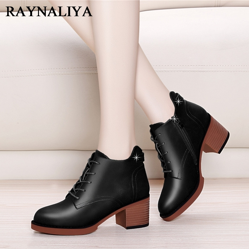 New Fashion European Style Black Ankle Boots Round Toe Zip Martin Boots Sheepskin Leather Woman Shoes With Warm Plush YG-A0019 trusify 2017 oh attraction cow leather ankle zip short boots square toe med strange style european style boots