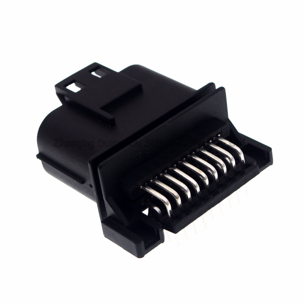 18 pin way male car computer version connector ignition wiring harness plug for vw [ 1000 x 1000 Pixel ]