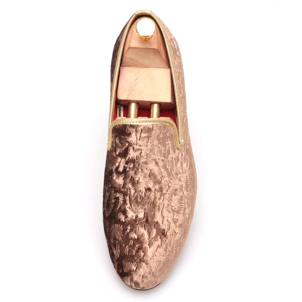in da e mocassini Nuovi 2018 scarpe fiore fatti marrone Piergitar a da mano moda appartamenti uomini stampa sera fatti a sposa velluto marrone mano 4CqwxfZ