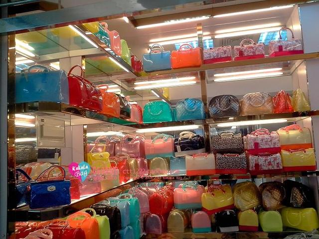 Wholesale !  Summer Style Colorful  shoulder jelly bag candy Mini women messenger silicon tote beach bags bolsa Chain Bag