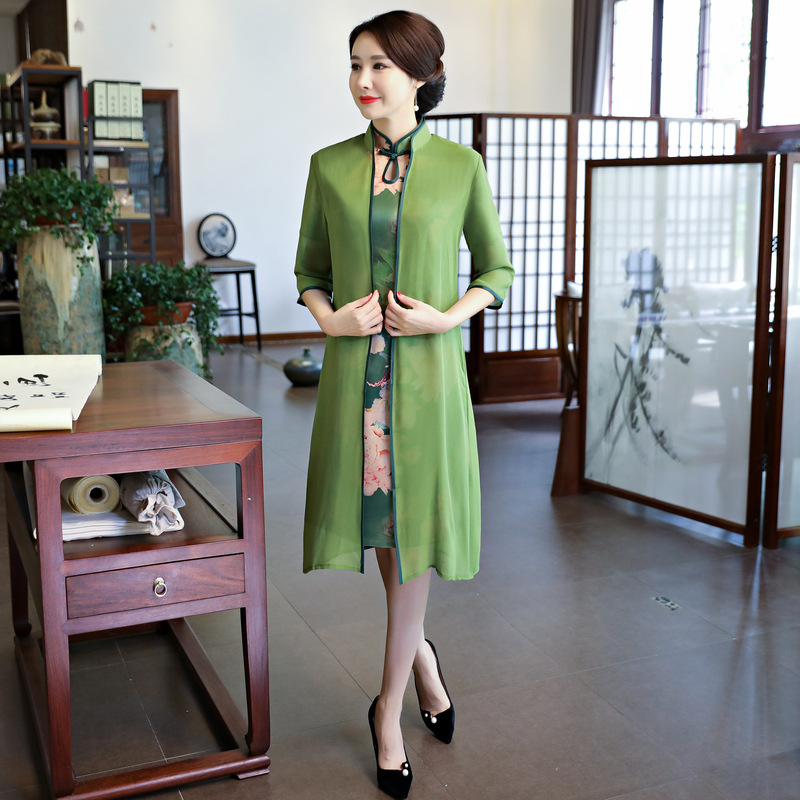 Traditional Chinese Clothing Honest Green Aodai Poplin Silk Cheongsam Dress Women Autumn Winter Md-long Qipao Open Stich Trench+dress 2 Pieces Sets Female With Traditional Methods