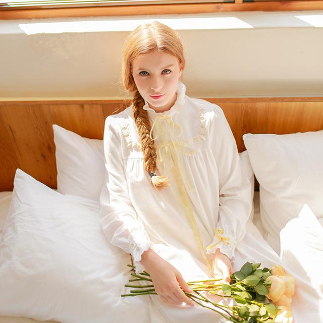 Vintage longo-sleeved camisola de algodão Puro Mulheres Longas brancas mulheres nightwear sleepwear Macio doce princesa solto vestido de casa