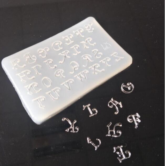 1pcs=26 English Alphabet Letter 3D Resin Silicone Mould Handmade DIY Jewelry Making Tool Epoxy Resin Crystal Scale Decorating
