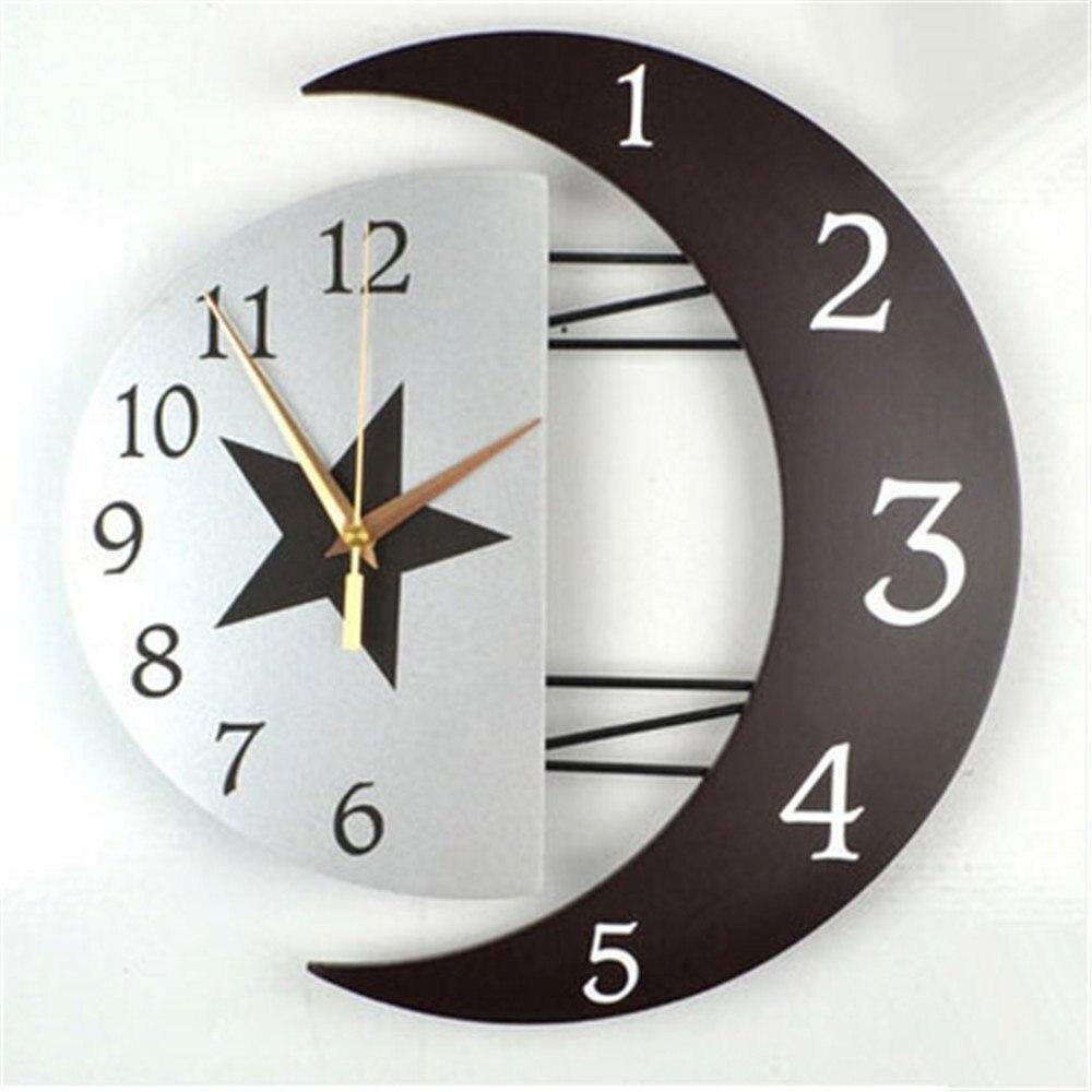 Hotsale 3D Large Home Decor Wall Clock 2017 Vintage Wood Moon and Star Wall Clock Digital Clock Watch Living Room Christmas Gift