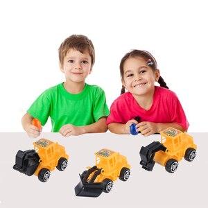 Image 4 - 6pcs מיני בניית משאית הנדסת רכב צעצועים חינוכיים משאית דגם צעצועי עוגת טופר ילדים מסיבת יום הולדת קישוט