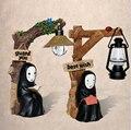 Anime Cartoon Miyazaki Hayao Chihiro No Face Night Led Muñeca PVC Figura de Acción de juguete Niños Regalo de la Muñeca