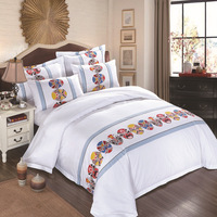 Bedding Set 4 Pieces Solid Color Satin Jacquard Traditional Chinese Quilt Cover Sheet Pillowcase Suitable For