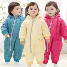 1429f8ee8 2017 bebé Niños Niñas Chaquetas Mamelucos niños prendas de vestir  exteriores del bebé con capucha Mamelucos