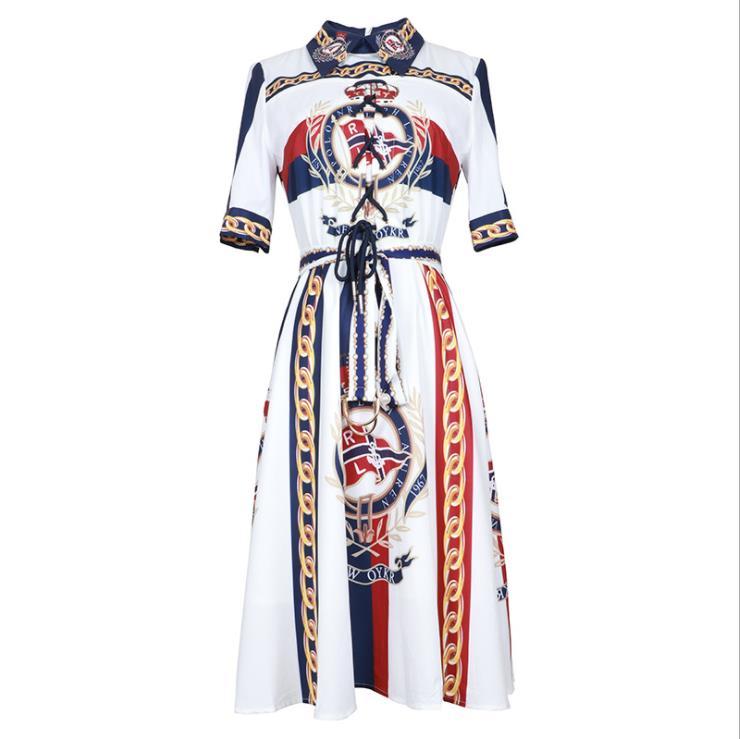 Europe et états-unis vêtements pour femmes nouveau pour l'été 2019 manches courtes revers chaîne imprimé robe de mode