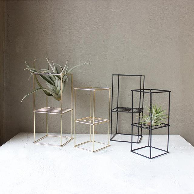 Iron Freestanding Hanging Metal Double-layer Geometrical Shaped Square Air Plant Receptacle Flower Stand Rack Holder