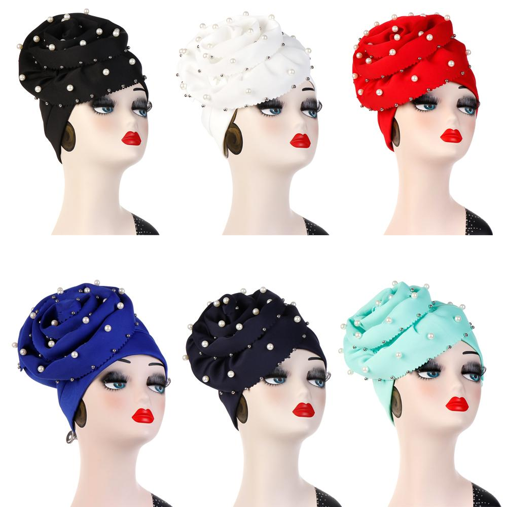 12 PC femmes bonnets extensibles avec grande fleur perle perles perte de cheveux Cap Turban africain tête Wrap mariage fête casquette couleur aléatoire