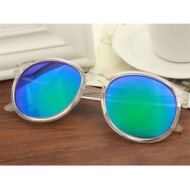 Women's Stylish Sunglasses with Transparent Frame and Colorful Lenses