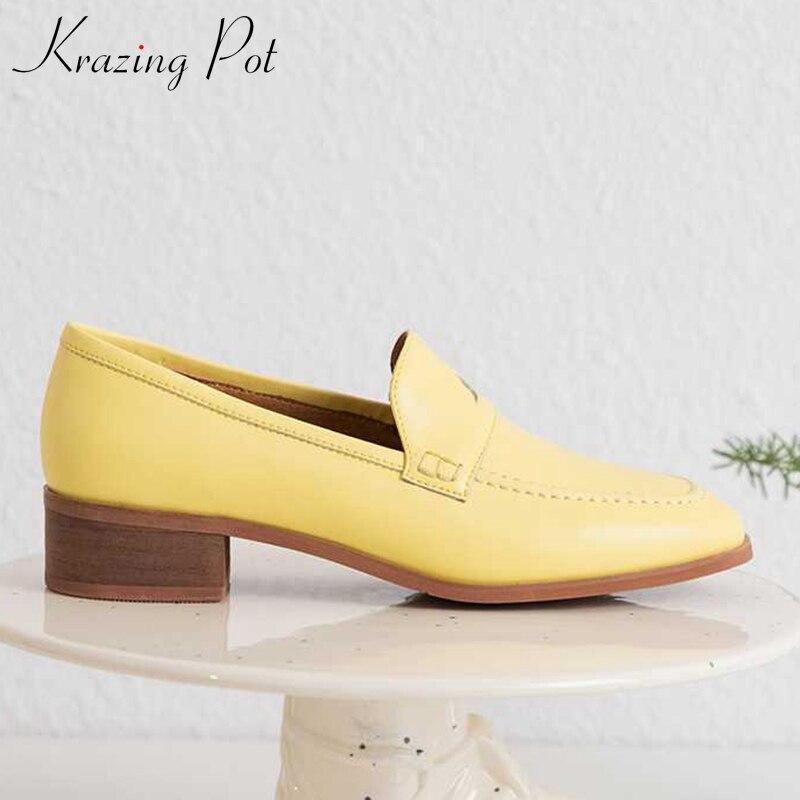 Ayakk.'ten Kadın Pompaları'de Krazing Pot sıcak satış zarif hakiki deri med topuk basit tarzı kayma kadın marka ayakkabı İngiliz tarzı olgun bayan ayakkabı L51'da  Grup 1