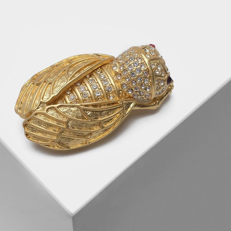 Amorita Boutique Retro Three-dimensional Golden Cicada Insect Brooch