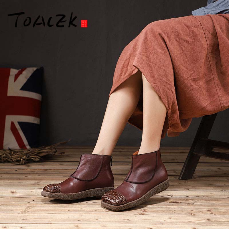 все цены на Fashion Handmade Shoes For Women Genuine Leather Ankle Boots Vintage Flat Women Shoes Round Toes Martin Boots онлайн