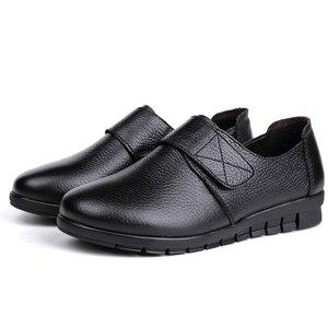 Image 5 - GKTINOO ผู้หญิงแบนรองเท้ารองเท้าลูกไม้ขึ้นรอบ Toe หนังแท้หนังสั้น Plush ฤดูหนาวรองเท้าสบายๆผู้หญิงรองเท้า Loafers Plus ขนาด 43