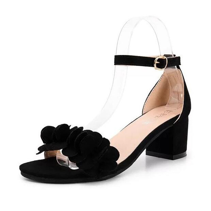 Female 2017 summer sandals new han edition sweet flowers low heel shoes buckle peep-toe thick with a word in with sandals