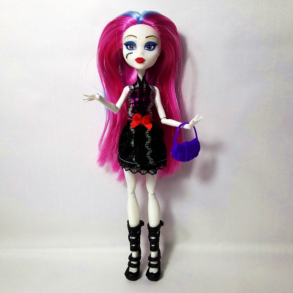 4st / lot Ny stil Hight Dolls Draculaura Fun Hight Flyttbar Gemensam, - Dockor och gosedjur - Foto 5
