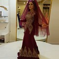 Vintage Alta Neck Muçulmano Vestidos de Noite com Ouro Apliques de Renda Manga Longa Vestidos De Noite Borgonha Vestidos de Noite
