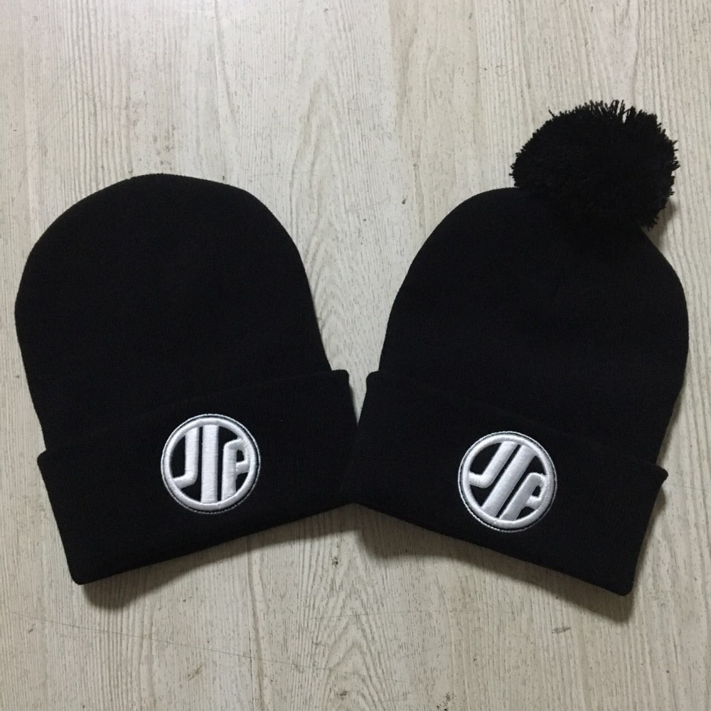 901b18f77a6 Custom Knit Beanies High Quality Warm Winter Team Personalized Skullies  Embroidery Long Cuff Ski Cap 3D embroidery Free Shipping-in Skullies    Beanies from ...