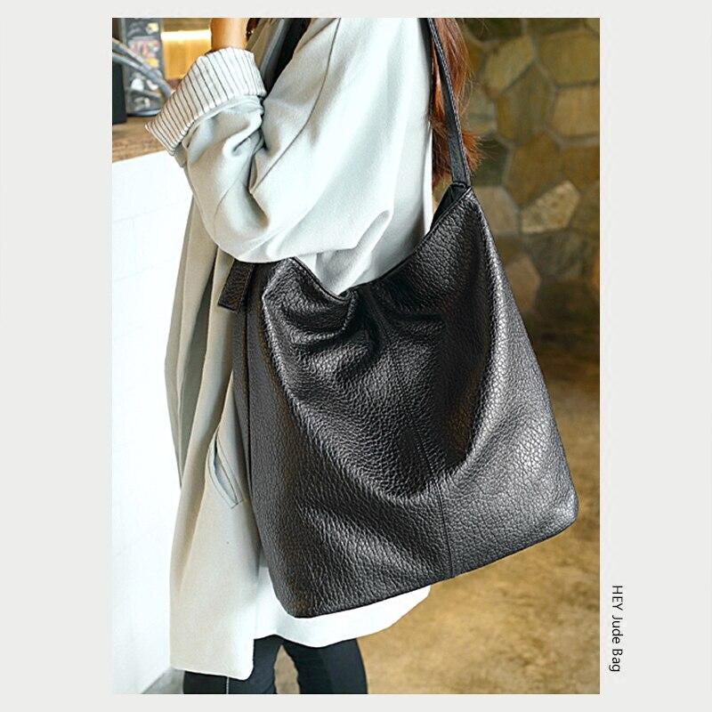 imágenes detalladas f4adf 58315 € 23.07 31% de DESCUENTO Bolsas negras de Hobo para mujer 2018 nuevos  bolsos grandes bolsos de cuero de Pu suave bolso de compras bolsa de hombro  ...
