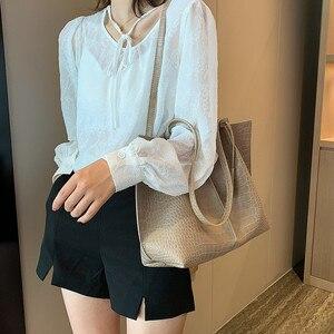 Image 4 - 2 Piece Large Women Shoulder Bag Set Ruched Crocodile Alligator Composite Bag Big Capacity Female Handbag Shopping Traveling Bag
