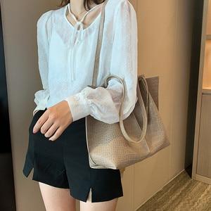 Image 4 - Комплект из 2 предметов, большая женская сумка на плечо с рюшами, Крокодиловая композитная сумка аллигатора, женская сумка большой вместимости, сумка для шоппинга и путешествий