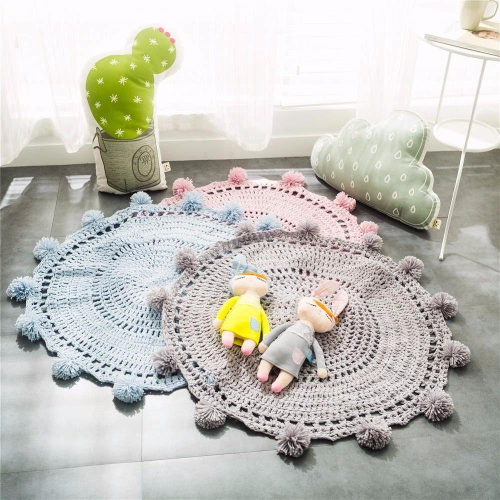 Offre Spéciale Nordique Style Solide Couleur Crochet Fait Main Tricoté Tapis Rond Avec Petite Boule Dentelle Décor À La Maison Couverture