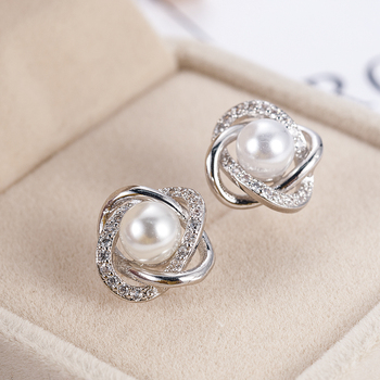2020 Fashion Plated Crystal Star Pearl Ear Stud Earrings For Women Wedding Jewelry Bridal Accessories Boucle D'oreille Femmer 2