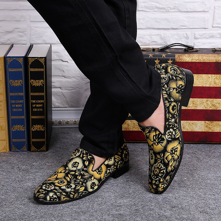 British Style Retro Flower Pattern Mixed Color Casual Shoes Men Soft Leather Breathable Shoes Pointed Toe Flat Heel Shoes Men tidog the british men s casual shoes retro carved tassels pointed breathable leather shoes