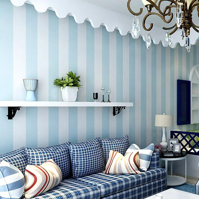 Acogedor dormitorio papel pintado no tejido azul blanco striped ...