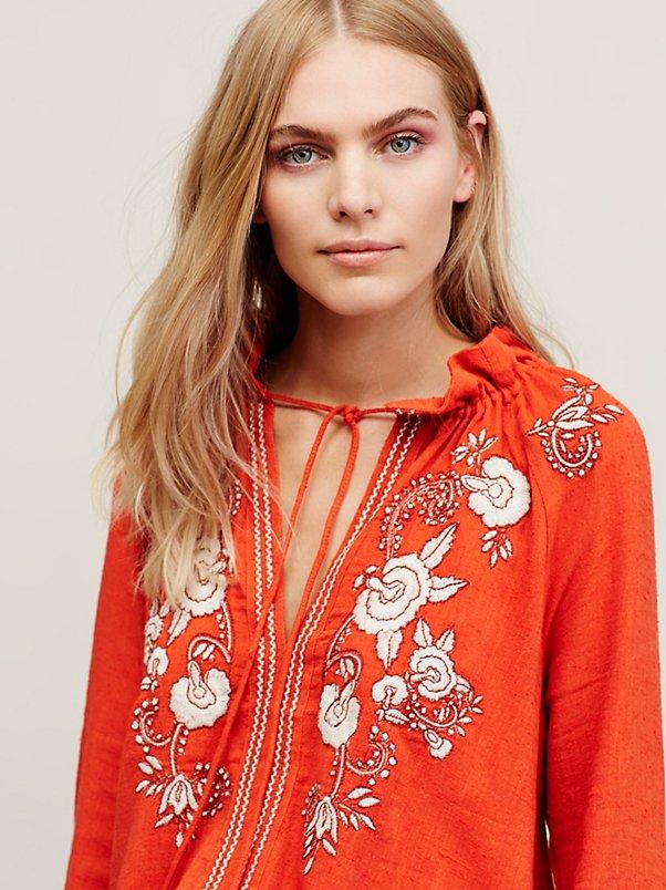 enorme sconto 0ff80 0d377 US $27.59 40% di SCONTO Donna camicette camicie boho ricamato floreale sexy  camicia bianca hippie chic blusas persone etniche delle donne di marca di  ...